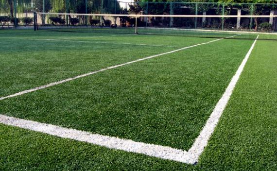 Покрытие для тенниса: искусственная трава