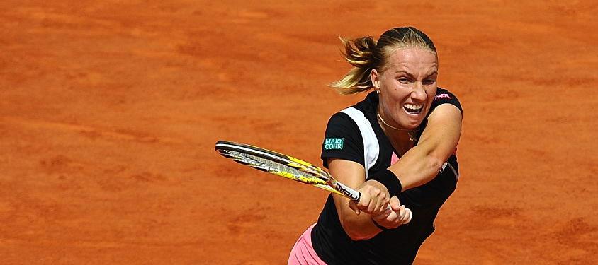 Светлана Кузнецова выиграла первый матч на турнире в Праге