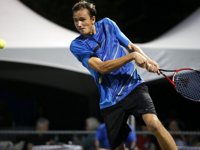 Даниил Медведев одержал первую в карьере натурнира ATP