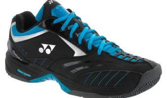 Спортивная обувь в стиле 90-х — хит с подиумов